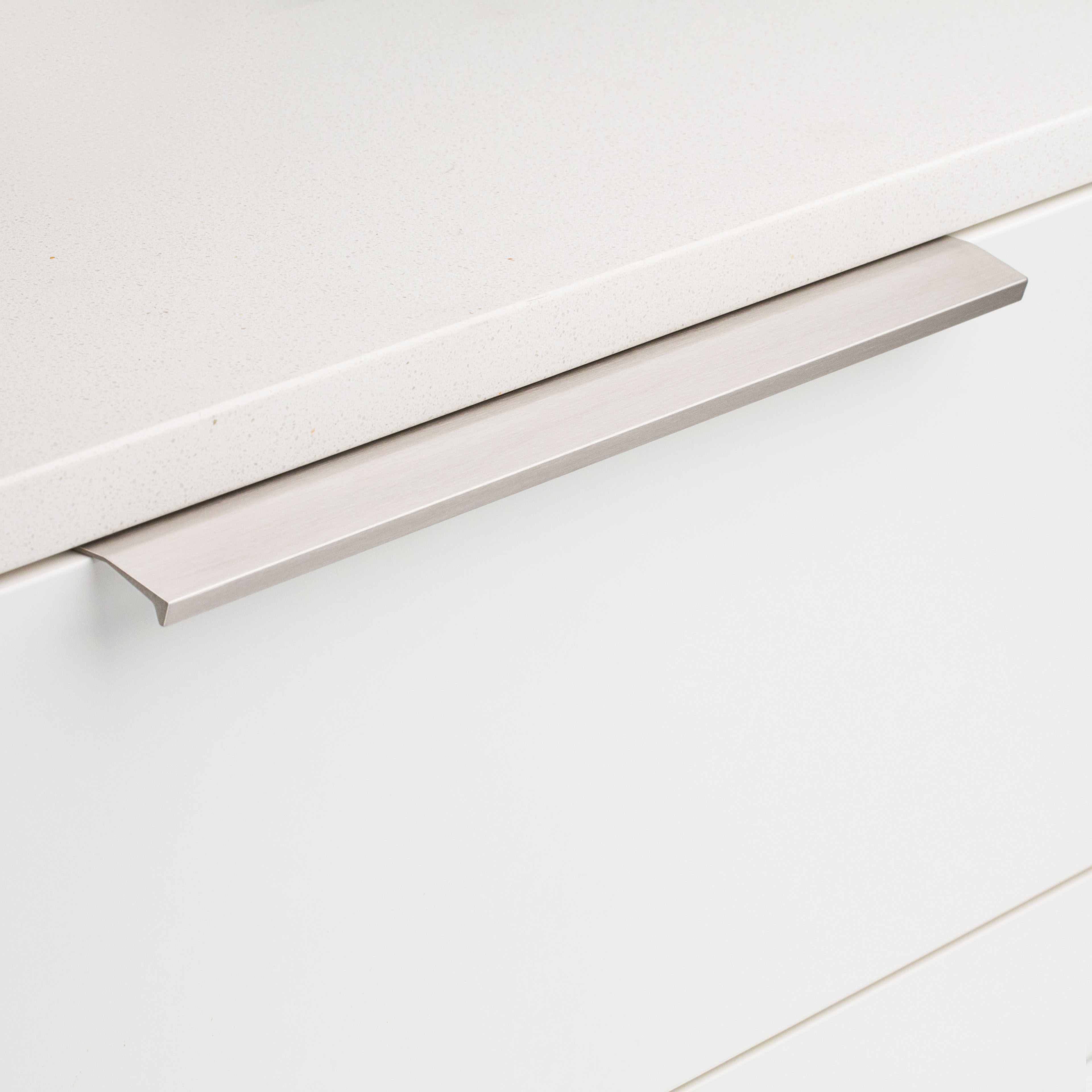 Cabinet Edge Lip Pull DL701 Brushed Inox