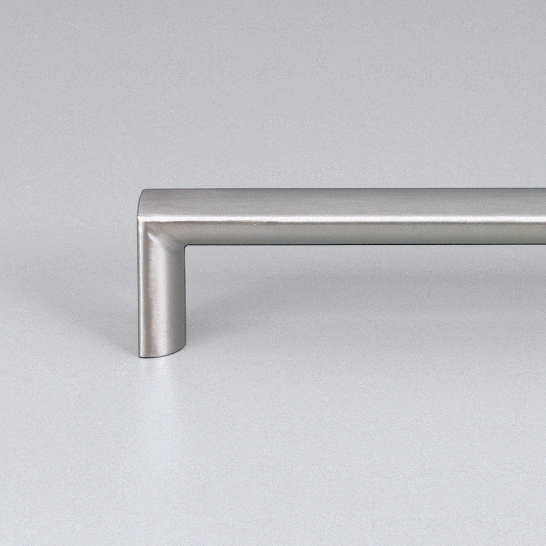 Como Satin Stainless Steel Kitchen Handle E2122