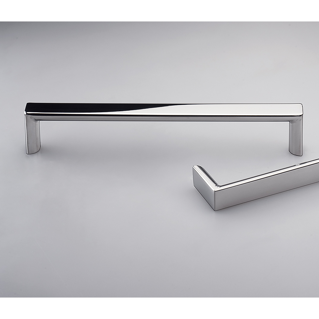 Como Polished Stainless Steel Kitchen Handle E2122