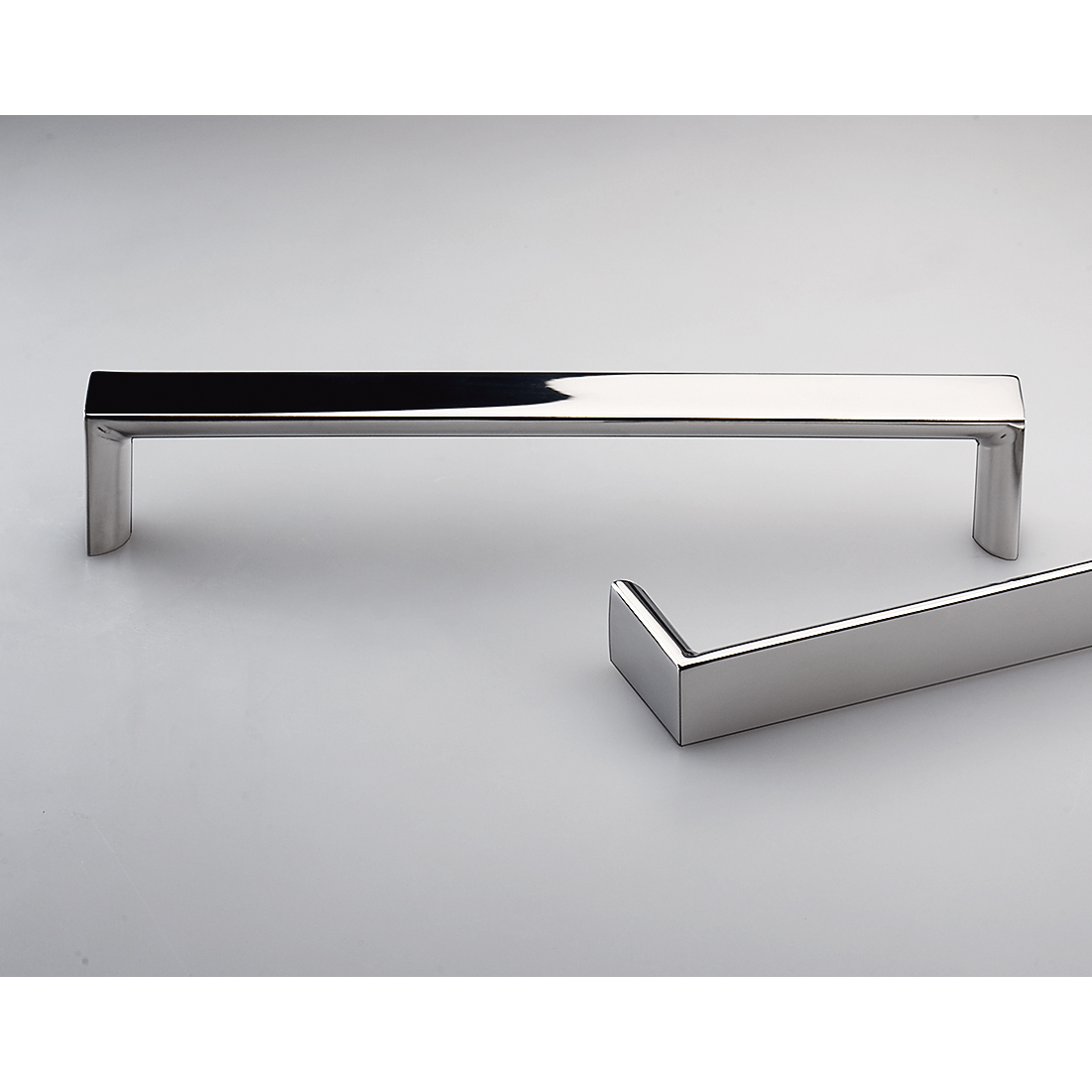 Latina Polished Stainless Steel Kitchen Handles E2123