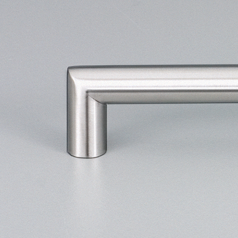 Lecco Satin Stainless Steel Kitchen Handle E5023