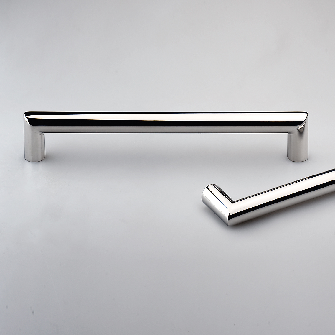 Lecco Polished Stainless Steel Kitchen Handles E5023