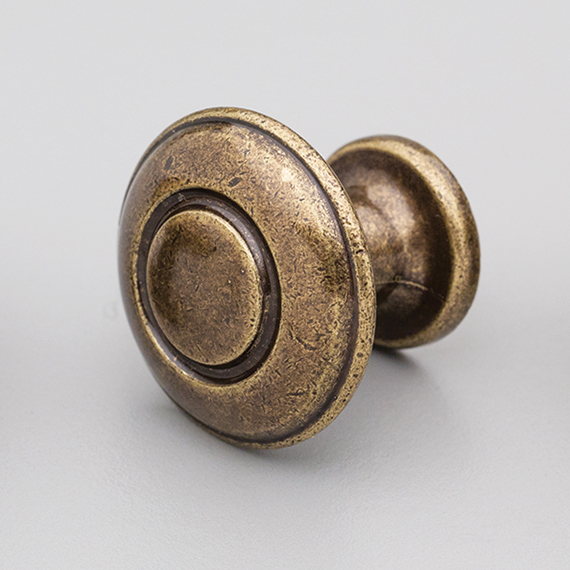 Antique Brass Lister Knob 31m HT208