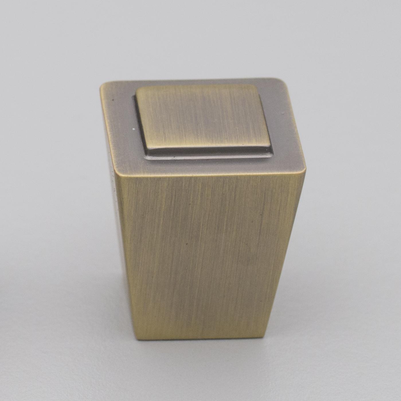 HT346 Antique Brass Square Knob Shaker