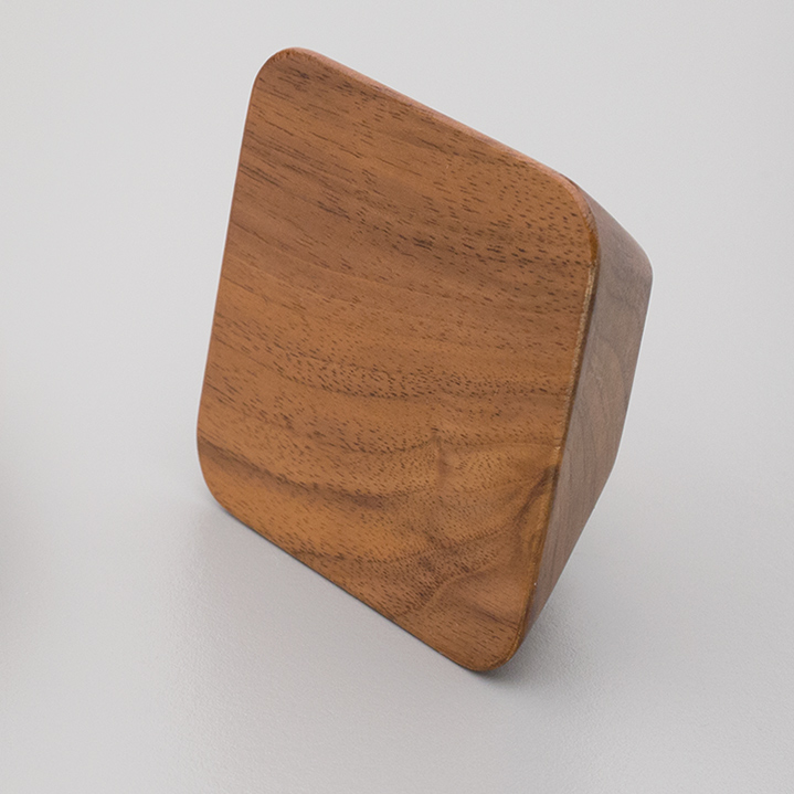 Walnut Timber Knob App Wood L4311