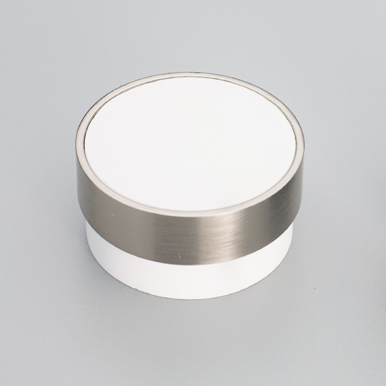 L4346 White Timber Radio Knob with Stainless Steel Effect ring