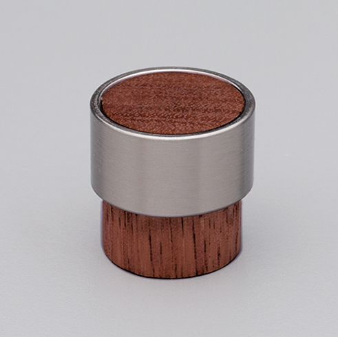 L4370 Timber Radio Knob Walnut with Stainless Steel Effect ring