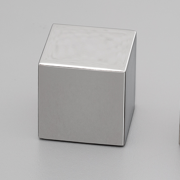 S320 Polished Stainless Steel Knob Square