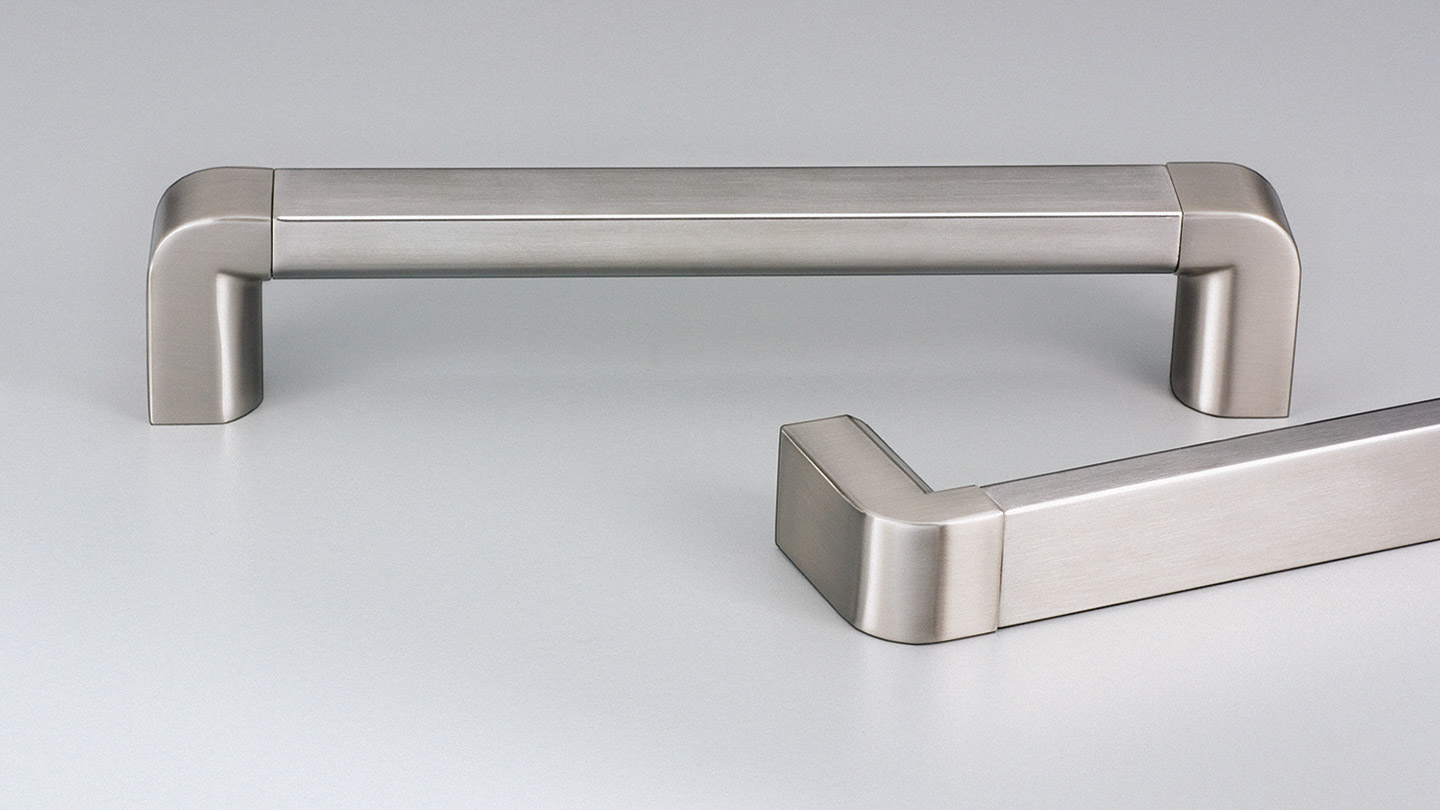 E2081 RIMINI stainless D handle 22mm half round section  : Kethy