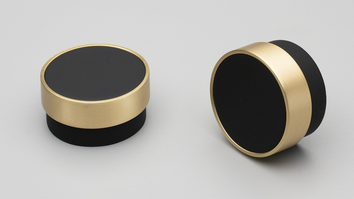 L4346_BRASS timber cylinder knob 48mm with metal ring for kitchen,bedroom,furniture colours Black Painted with Brass Plated Ring (BKBR) mm, size overall 48 mm