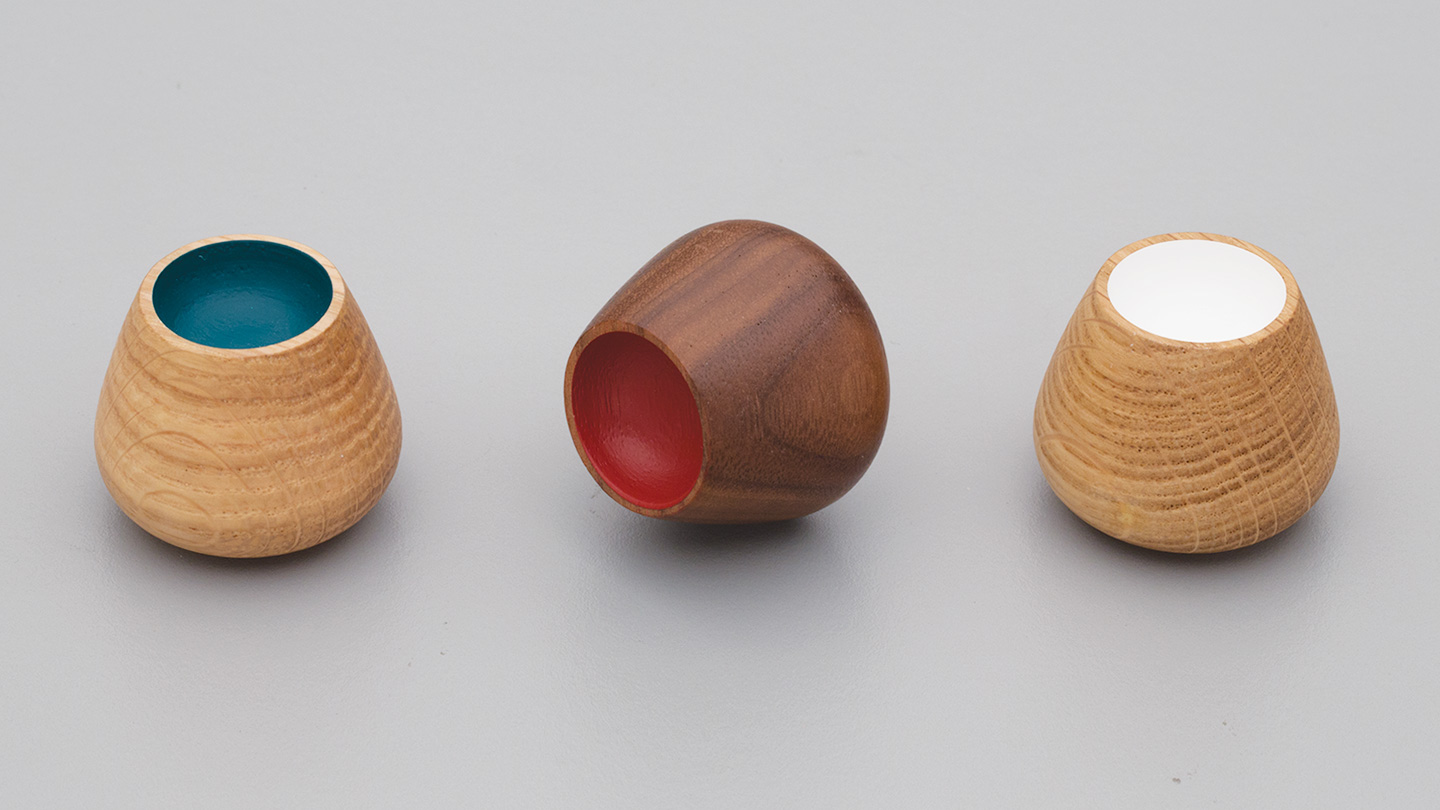 L4396 timber round knob 34mm with painted centre for kitchen,bedroom,furniture colours Oak with Petrol (OAK-PET),Oak with White (OAK-WT),Walnut with Red (WN-RED) mm, size overall 34 mm