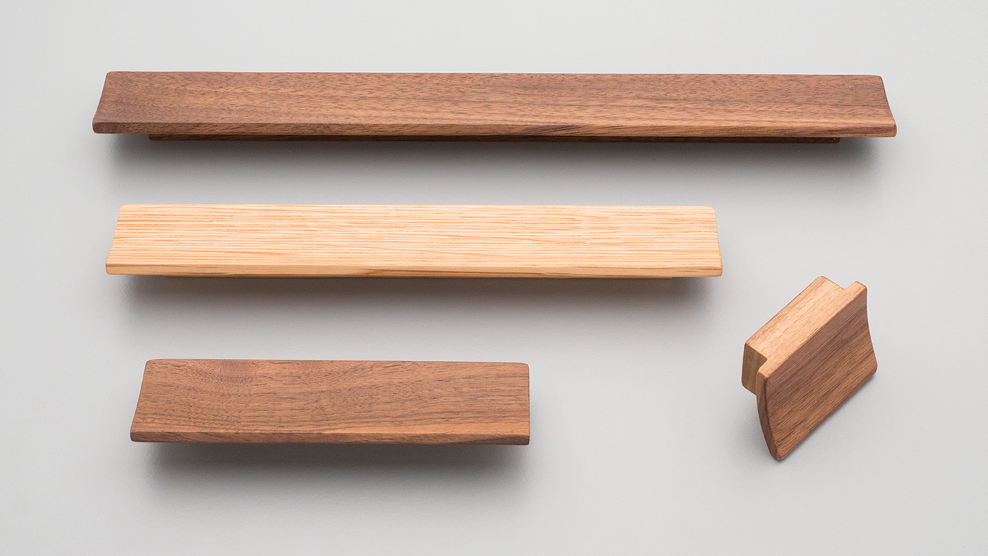 L5521 timber slant handle rectangular dished for Kitchen handle, cabinet handle, bathroom handle, kitchen hardware. colours Oak (OAK),Walnut (WN) mm, size overall 56,134,222,308 mm hole centre distance 32,96,160,224 mm