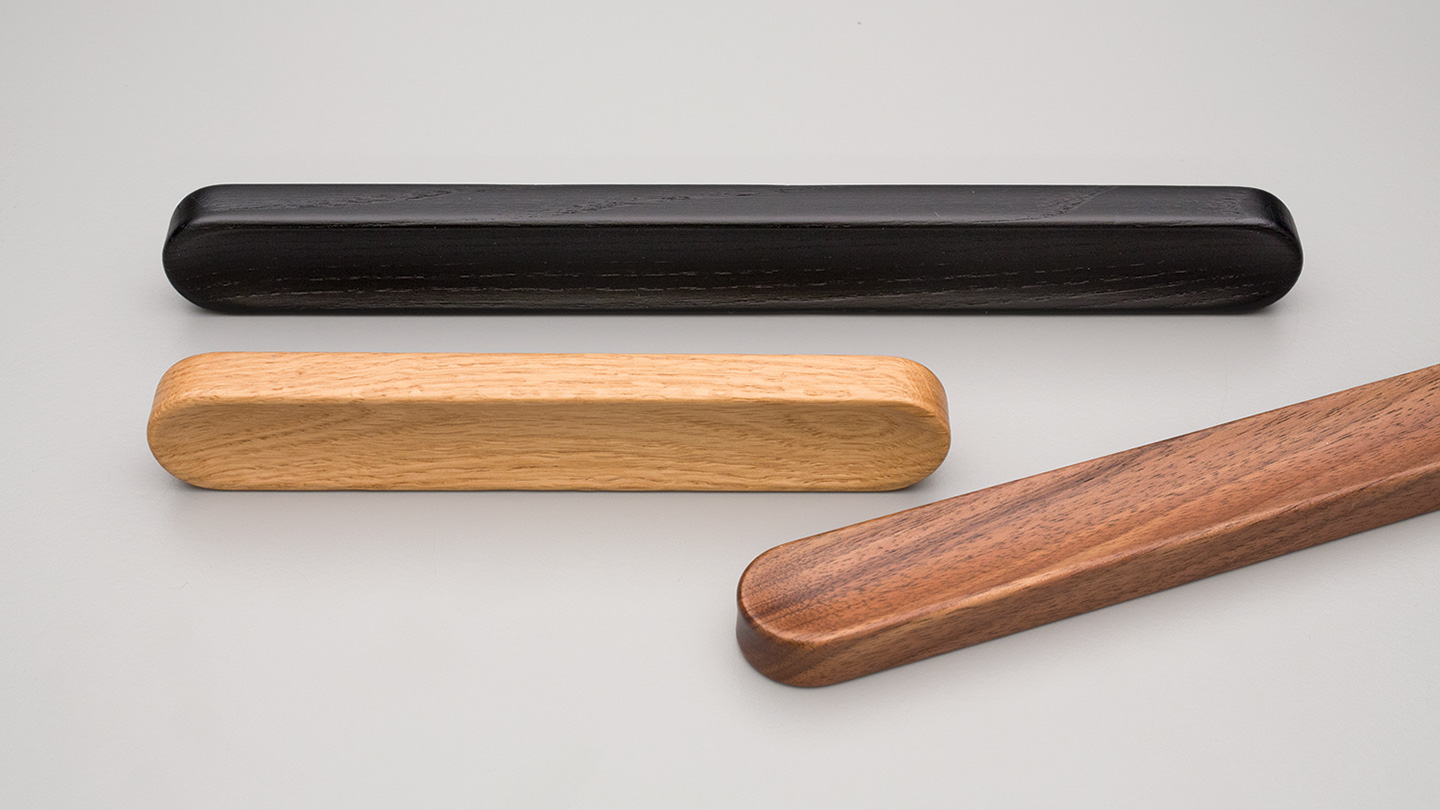 L6904 timber  handle for Kitchen handle, cabinet handle, bathroom handle, kitchen hardware. colours Matt Black (MBK),Oak (OAK),Walnut (WN) mm,
