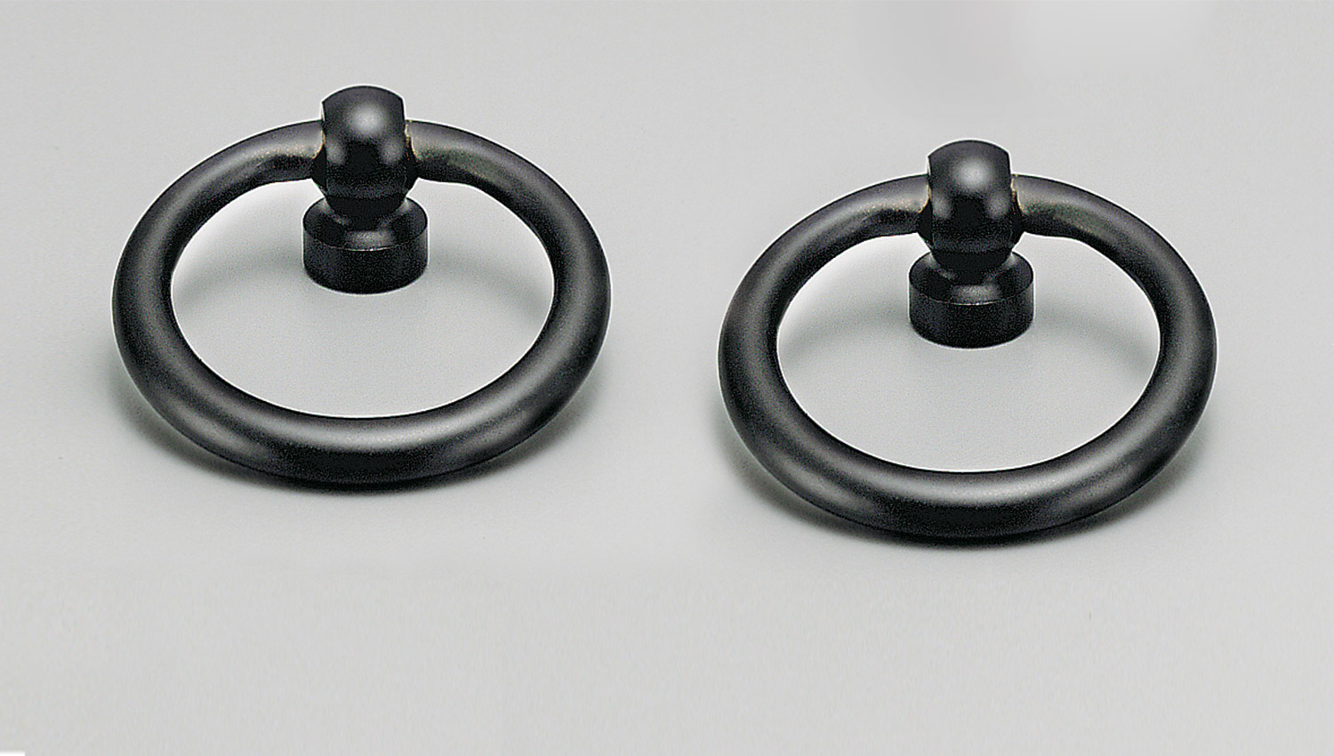 L9240 ring knob black for Kitchen knobs and handles, kitchen cabinet knobs and handles, vanity knobs and handles, bathroom knobs and handles, kitchen cupboard knobs and handles, kitchen hardware, matt black knobs and handles, cabinet hardware